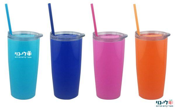 כוסות שתייה מפלסטיק