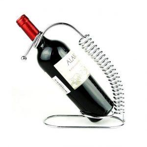 מעמד לבקבוק קפיץ