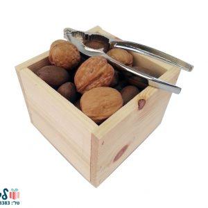 קופסת אגוזים ומפצח